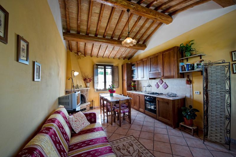Appartamenti agriturismo terre di siena sinalunga casa elisa for Appartamenti siena